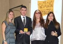 Minuto Seguros recebe o troféu Amigo do Seguro
