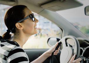Mulheres pagam menos no seguro auto