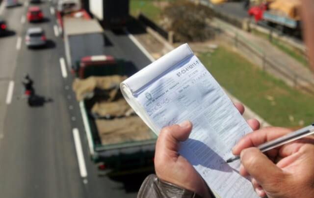 recorrer multas de trânsito