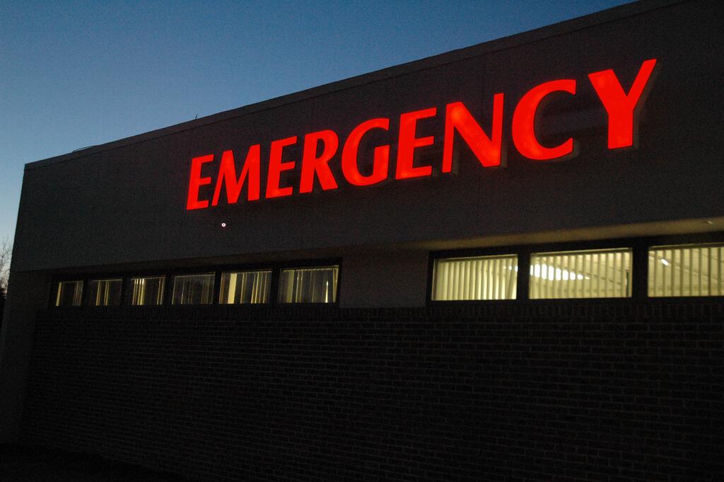 diferença entre seguro viagem e assistência - atendimento médico
