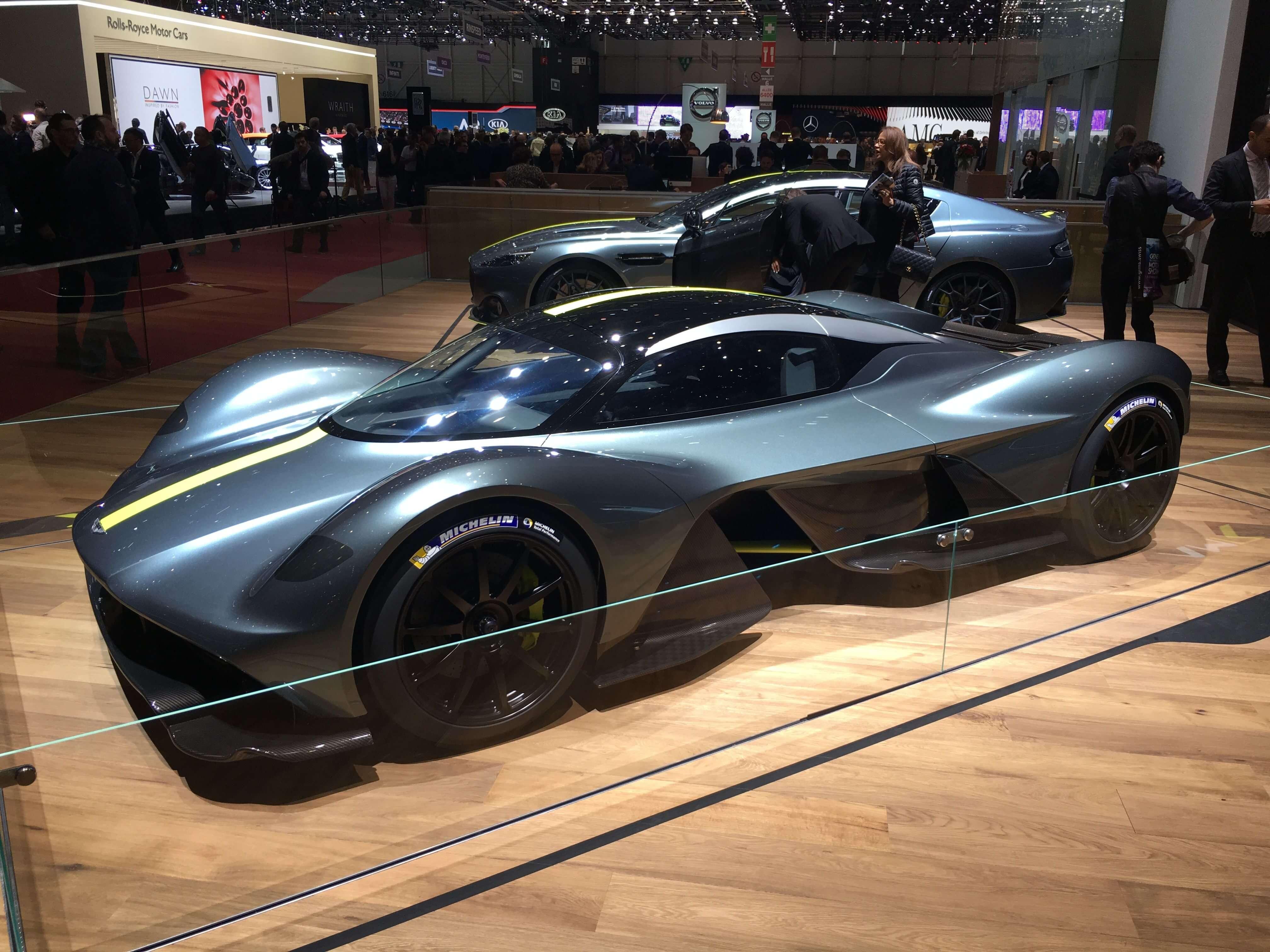 carros mais caros do mundo - Aston Martin Valkyrie