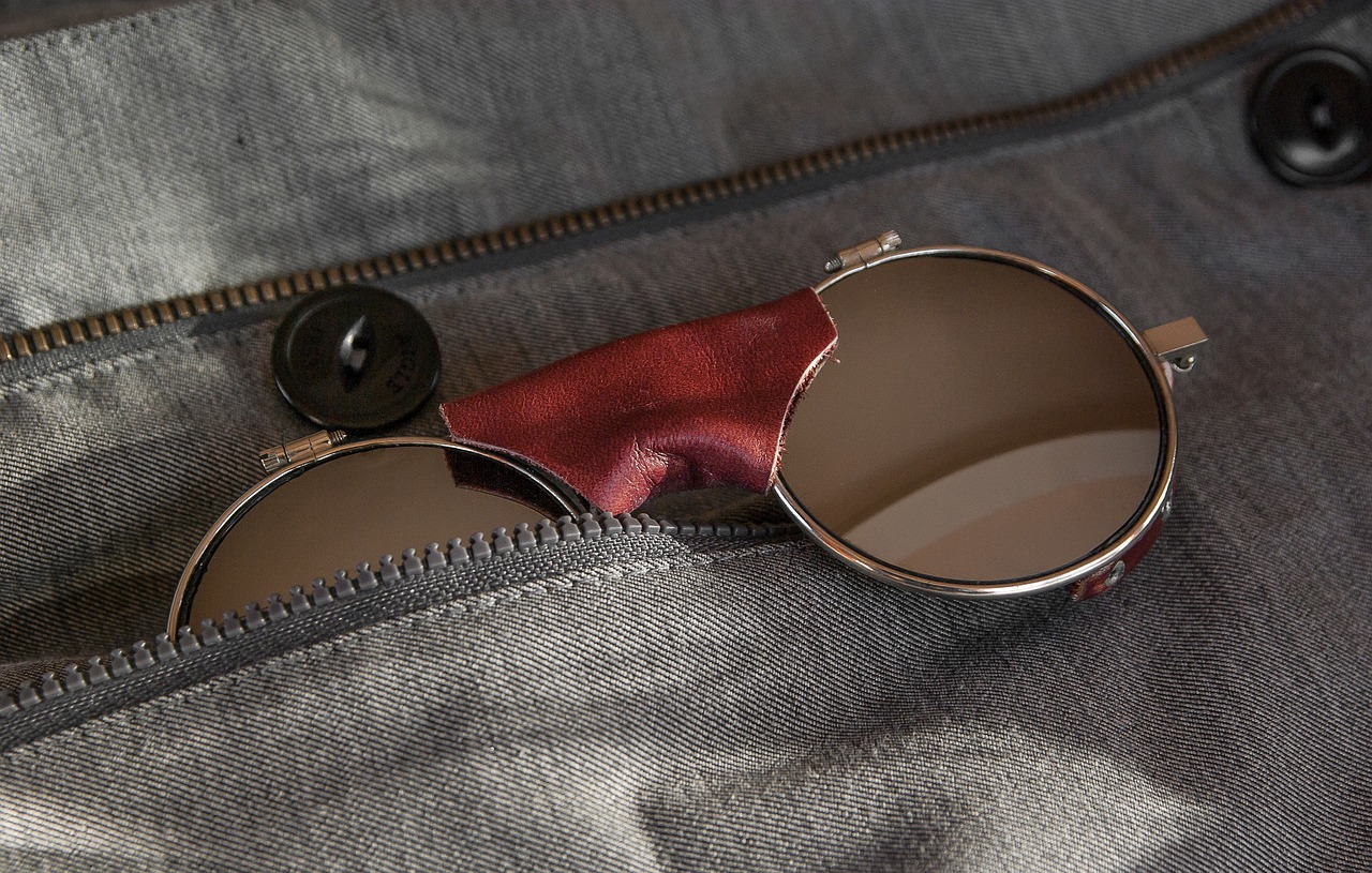 o que levar numa viagem - Óculos de sol é um dos itens que não podem faltar