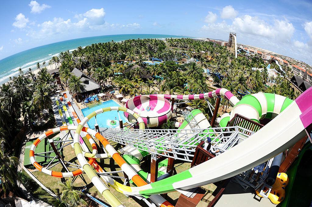lugares para viajar com crianças -Beach Park - Fortaleza, calor e energia para os pequenos