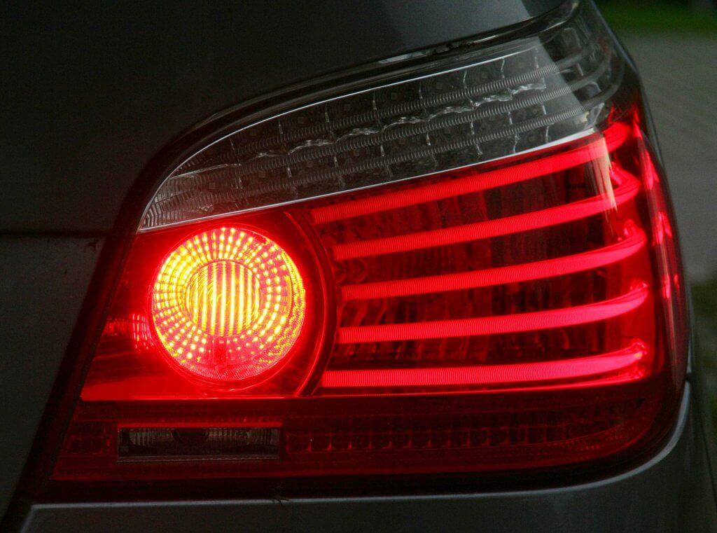como economizar combustível - Sabia que usar menos o freio economiza combustível?
