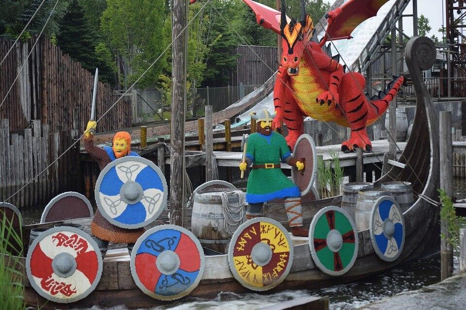 lugares para viajar com crianças - Legoland – Dinamarca, diversão para todas as idades