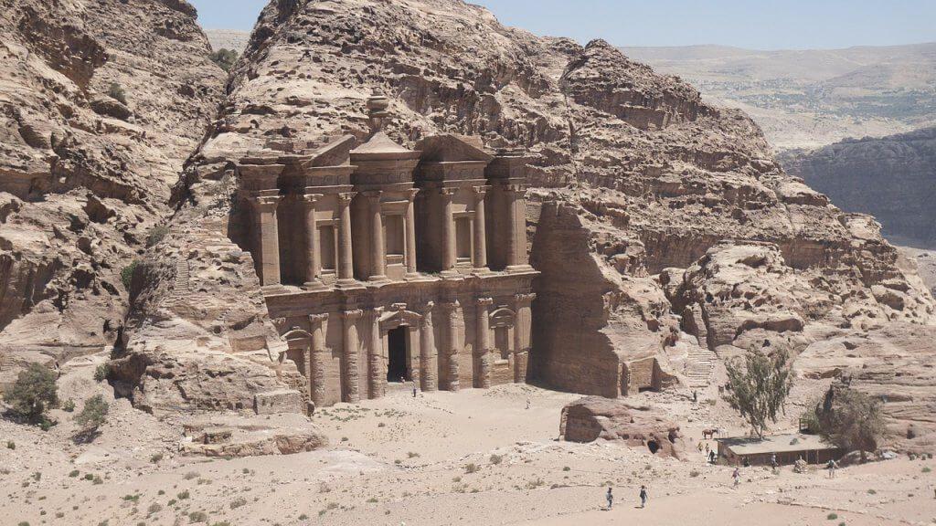lugares históricos para viajar - Petra – Jordânia