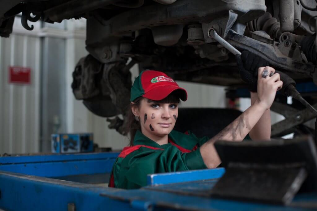 lubrificante para motor - Sempre procure um profissional