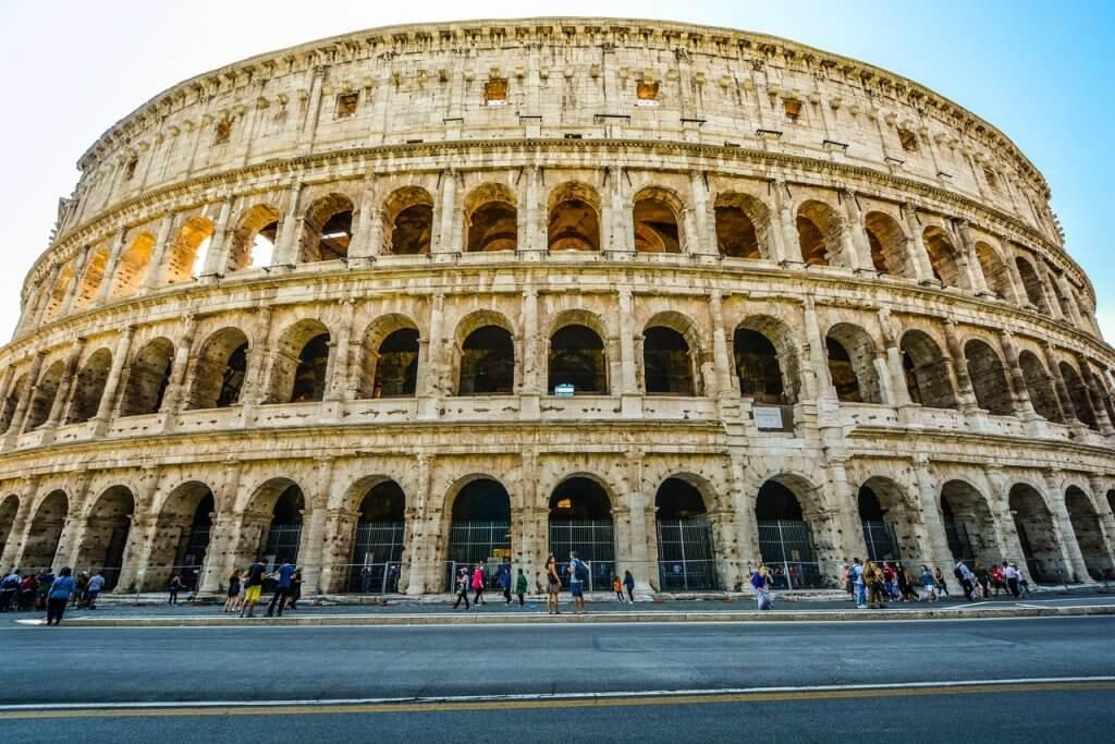lugares históricos para viajar - Coliseu – Roma, Itália