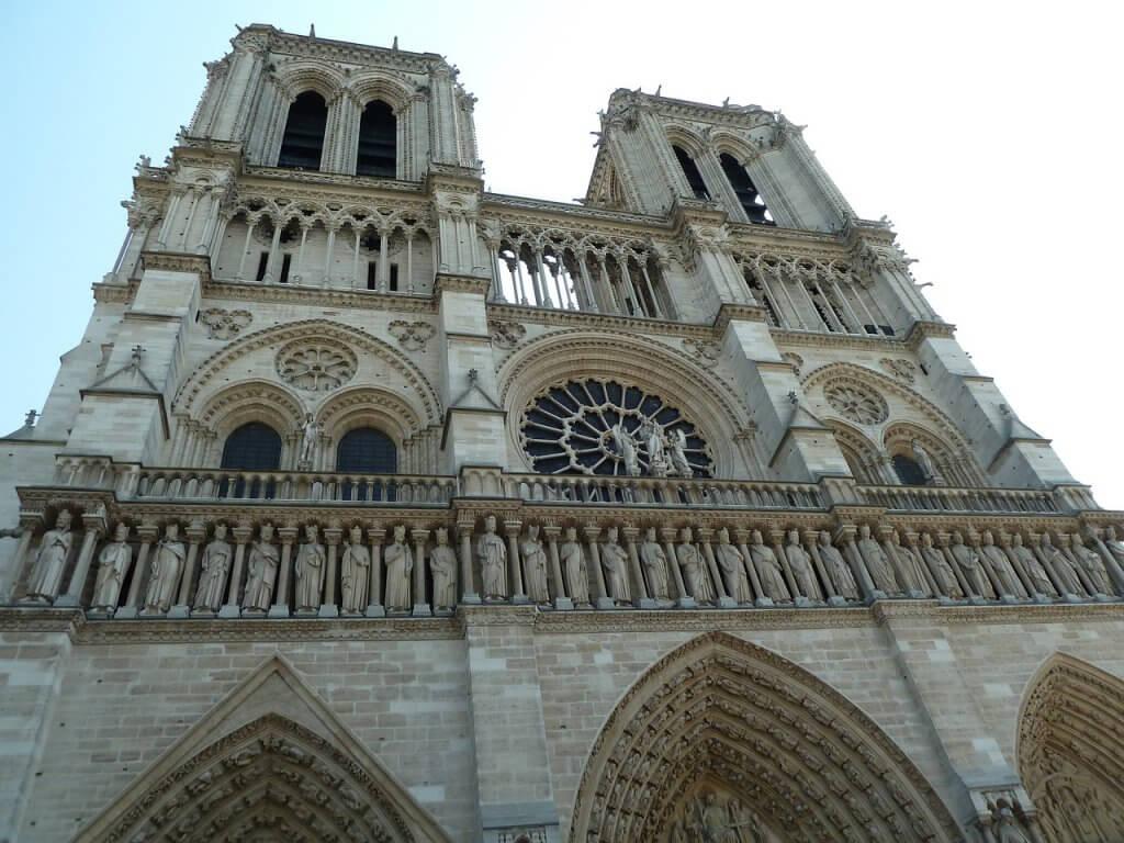 passeios em Paris - Catedral de Notre Dame e a história da cidade luz