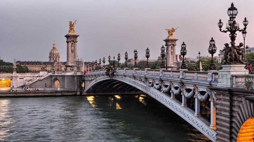 passeios em Paris - O Rio Sena precisa fazer parte dos seus passeios em Paris