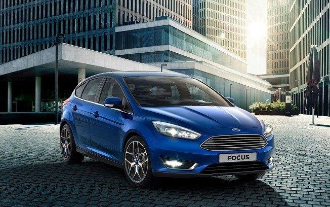 carros mais baratos com xenon - Ford Focus Titanium Plus 2.0 – R$ 100.990