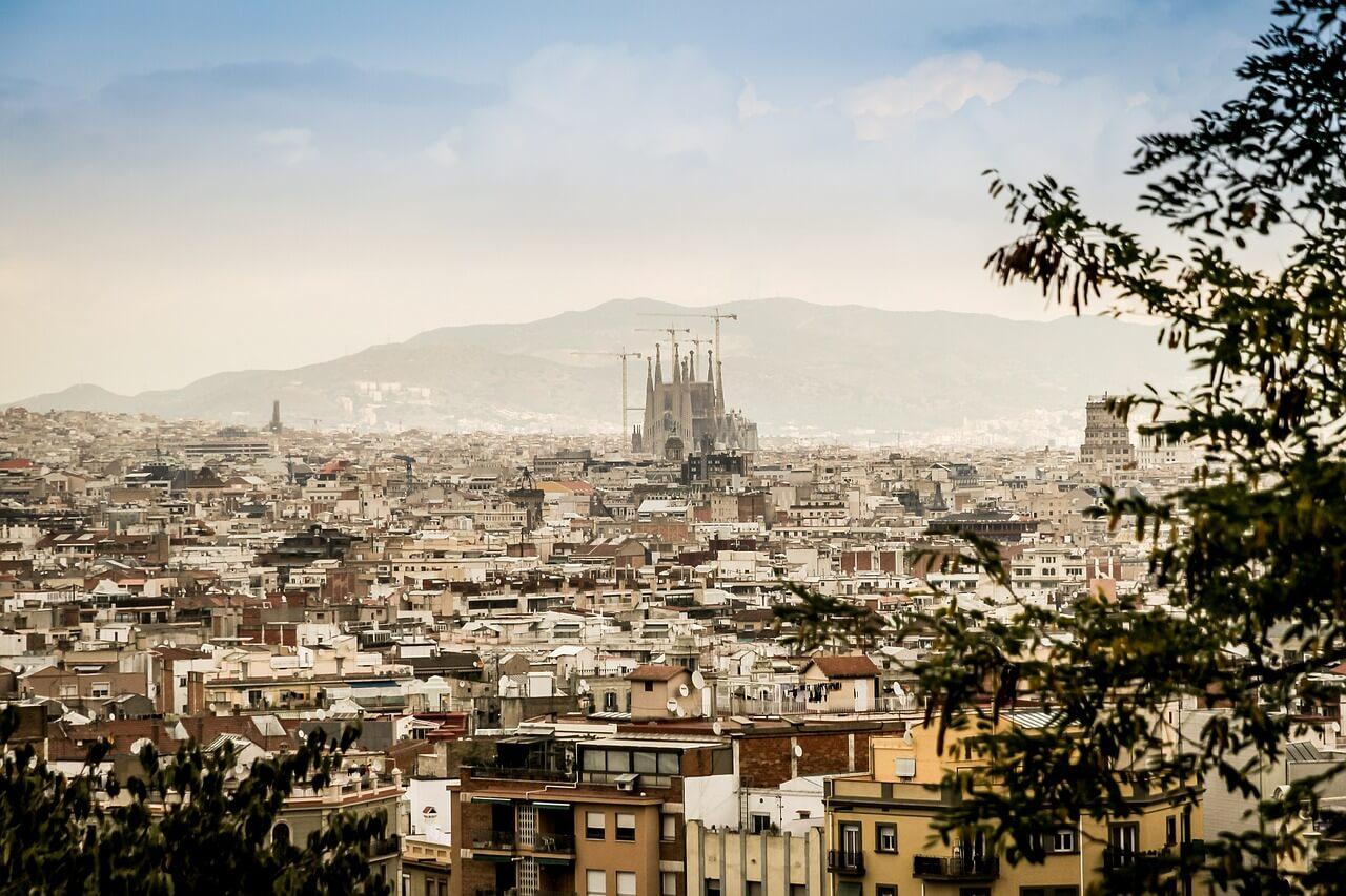Portugal-Espanha - Termine o roteiro Portugal-Espanha em Barcelona