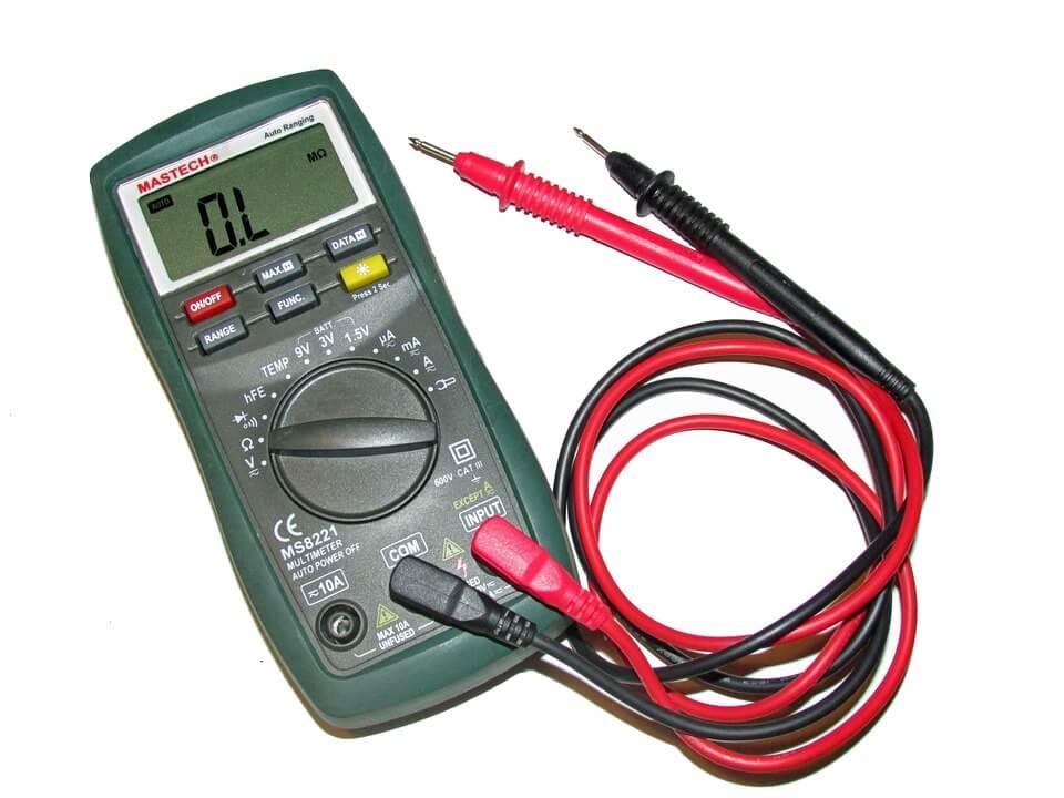Excesso de carga - regulador de voltagem do alternador