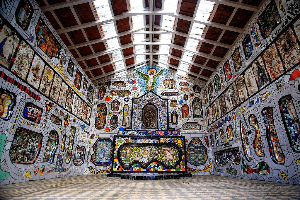 São Bento do Sapucaí - Capelinha em Mosaico