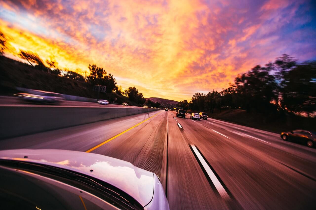 amortecedor recondicionado - Papel dos amortecedores no veículo