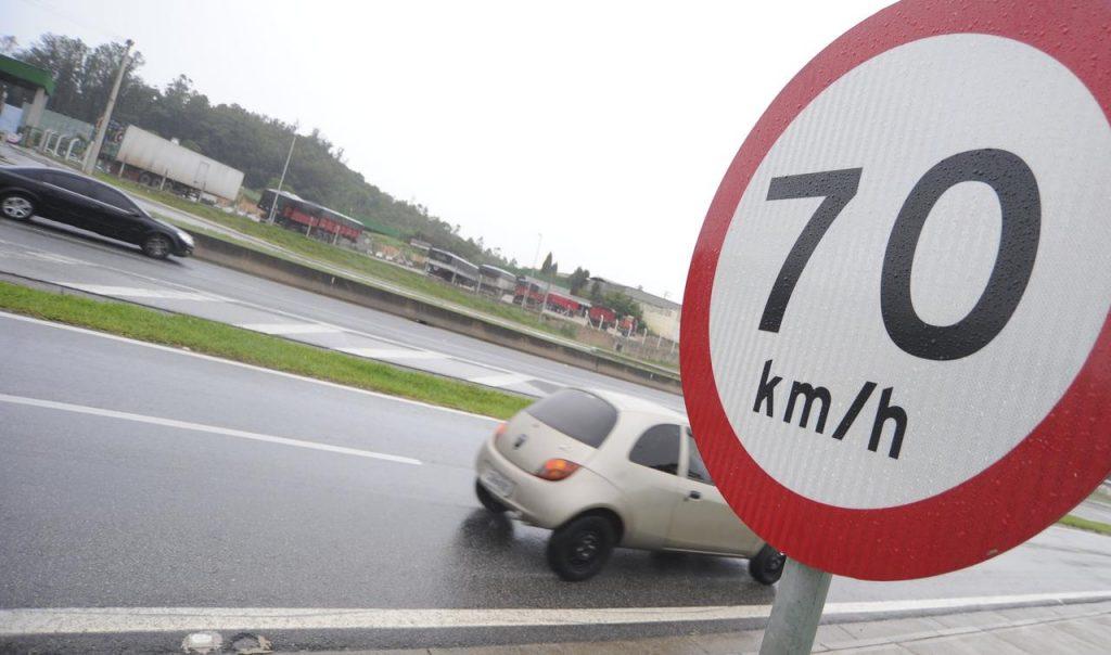 excesso de velocidade