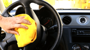 Limpeza interna do veículo
